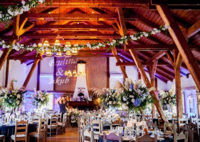 wesele z motywem paryżą